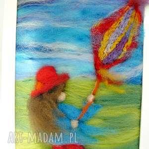 pokoik dziecka latawiec dziewczynka w czerwonym kapeluszu