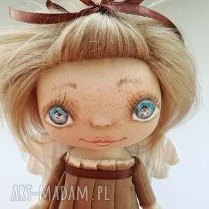 brązowe pokoik dziecka e piet aniołek - dekoracja ścienna