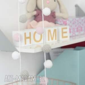 różowe pokoik dziecka pokój girlanda szydełkowa