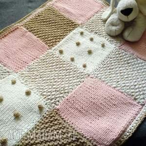 różowe pokoik dziecka kocyk dziecięcy, ciepły i przytulny, wykonany