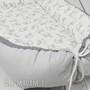 ręczne wykonanie pokoik dziecka kokon niemowlęcy otulacz konik na