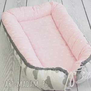 białe pokoik dziecka leżaczek kokon niemowlęcy otulacz