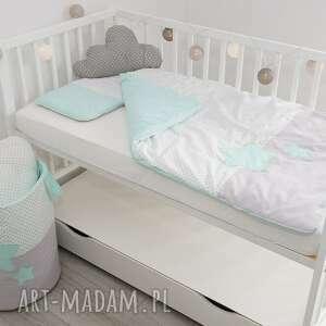 białe pokoik dziecka koszwgwiazdki kosz na zabawki słodkie sny jasna