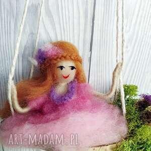 fioletowe pokoik dziecka lalka laleczka liliana. Różowa wróżka