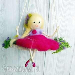 fioletowe pokoik dziecka lalka laleczka magdalena-mobil. Lawendowa