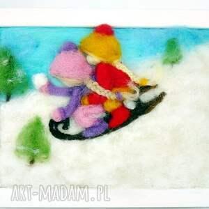 pomysł na świąteczny upominek saneczkach. Obraz z kolekcji