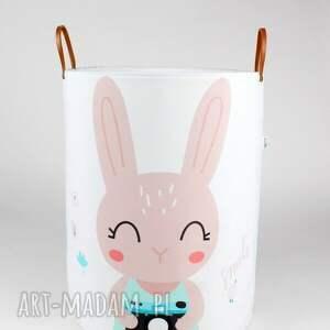 urokliwe pokoik dziecka pojemnik ogromny z królikiem