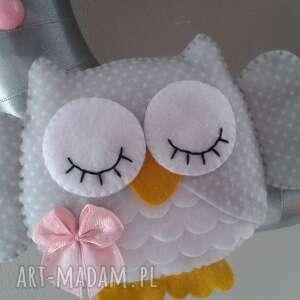 białe pokoik dziecka dekoracja personalizowana girlanda z imieniem
