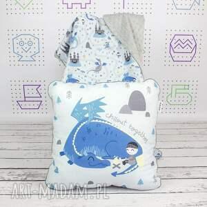 poduszka pokoik dziecka niebieskie chillout with dragon 46x46