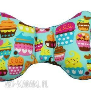 pokoik dziecka poduszka motylek, wzór muffiny