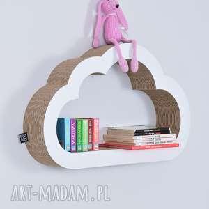 chłopiec pokoik dziecka półka na książki zabawki chmurka