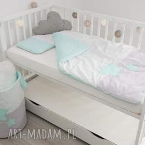 białe pokoik dziecka kołderka pościel do łóżeczka słodkie sny