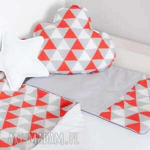 handmade pokoik dziecka pościel dziecięca magiczne trójkąty