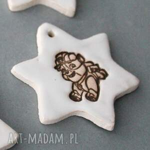 pomysły na prezenty pod choinkę dekoracja psi patrol - zawieszki ceramiczne
