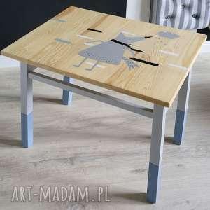 intrygujące pokoik dziecka stolik