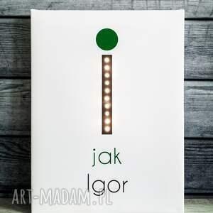 białe pokoik dziecka obraz świecąca litera l z imieniem