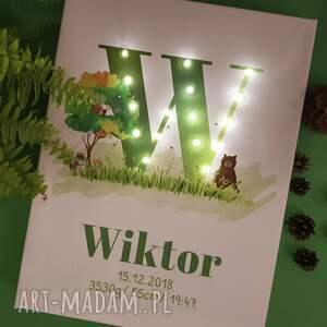 eleganckie woodland świecąca metryczka z literą