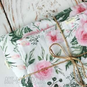 pokoik dziecka: Tetrowy otulacz - różowe kwiaty - niemowle