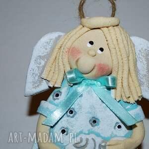 pomysł na prezent świąteczny aniołek tola z barankiem - anioł a masy