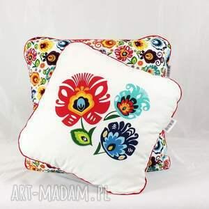 łowicz pokoik dziecka zestaw dwie poduszki folk kwiaty