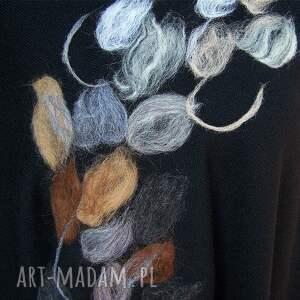 modne poncho czarne abstrakcja ii