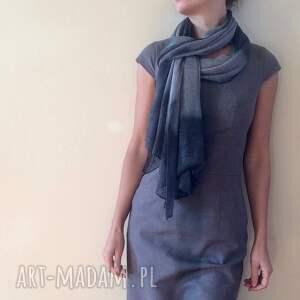 Anna Damzyn poncho: Eleganckie cieniowane lniane ponczo - HandMade dzianina