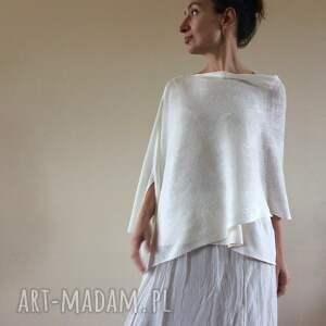 Anna Damzyn poncho: prezent