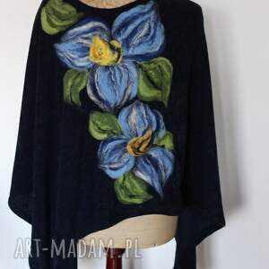 niebieskie poncho tunika i kwiat ogrodnika