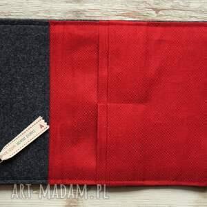 gustowne portfele portfel duży filcowy - truskaweczki