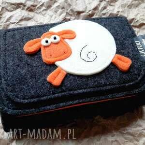 niepowtarzalne portfele portfel filcowy z owieczka 002