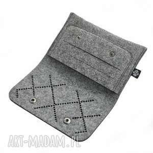 szare portfele filc portfel z filcu - ażurowy wzór vol