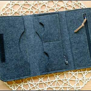 czarne portfele portfel z makami