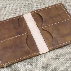 Bruno Leatherworks portfele: Portfel ze skóry z miejscem na paszport