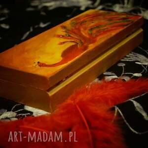 pomarańczowe pudełka piórka czerwony paw - drewniane puzderko