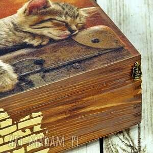 brązowe pudełka kot drewniane pudełko/szkatułka