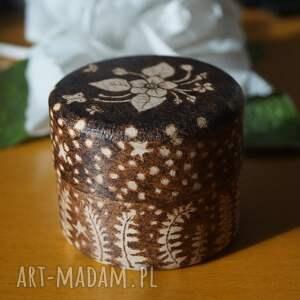 pudełka etui kwiat paproci - ręcznie wypalane