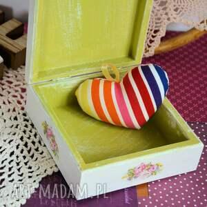 pudełka pudełko drewniane - romantyczny