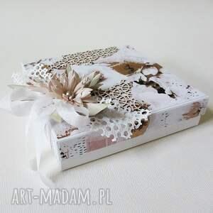 białe pudełka podziękowania pudełko prezentowe