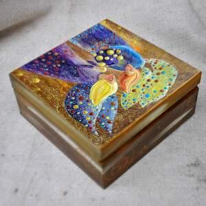 brązowe pudełka anioły pudełko wielka tajemnica małych