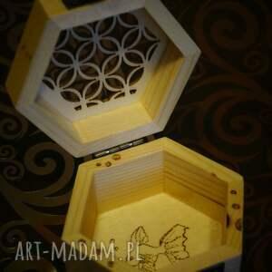 pudełka szkatułka rybcia - drewniane sześciokątne