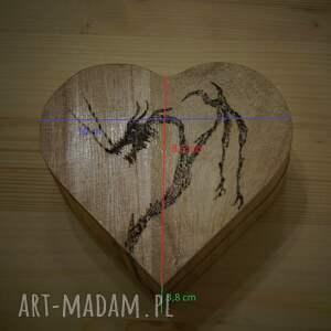 oryginalne pudełka puzderko smocze serce - drewniane pudełko