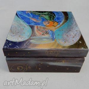 pudełka anioł szkatułka stróż z dzieckiem