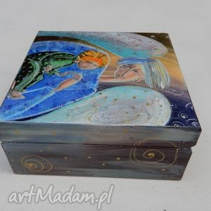 anioł pudełka szkatułka stróż z dzieckiem