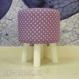 białe pufa fioletowe grochy - nogi