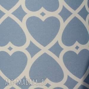 beżowe pufa niebieskie serduszka - 45