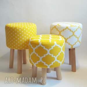 beżowe pufy taboret pufa żółte serduszka