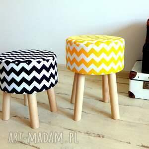 niebanalne pufy puf stołek fjerne m (żółte zygzaki)
