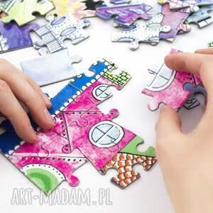 kolorowe artystyczne puzzle magnetyczne baśniowe wzgórze