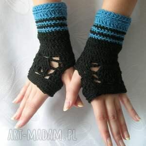 niebieskie rękawiczki - ażurowe mitenki