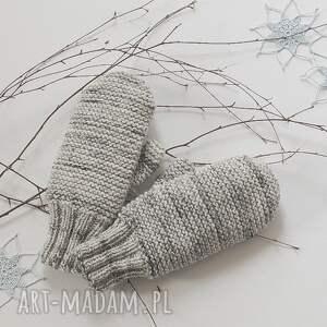 intrygujące rękawiczki dwuwarstwowe jasno szare